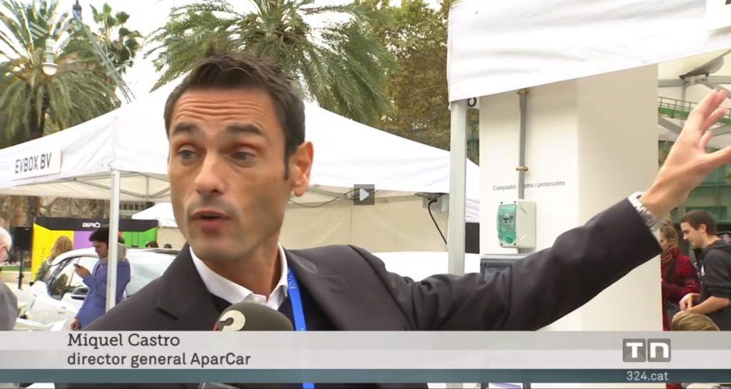 Miquel Castro en TV3 explicando parkings comunitarios y la recarga